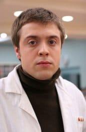 Актеры из сериала Интерны 1 сезон - Александр Ильин мл.